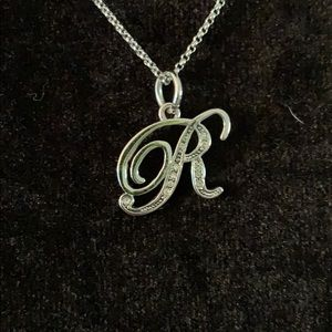 Juicy Couture R necklace